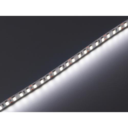 V-TAC 2161 LED szalag beltéri 5730-120 (12 Volt) - hideg fehér CRI95